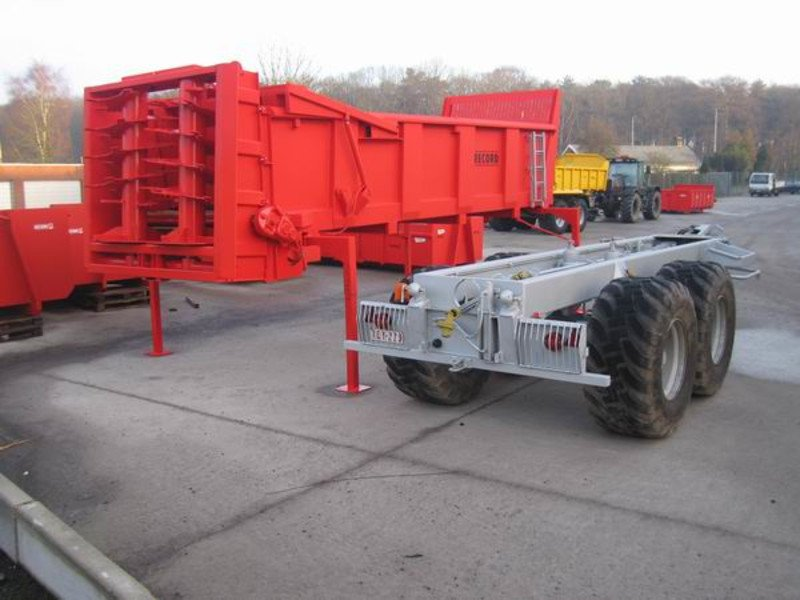 Detachable trailer